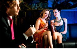 Как вызвать заинтересованность у женщины за 3 секунды?