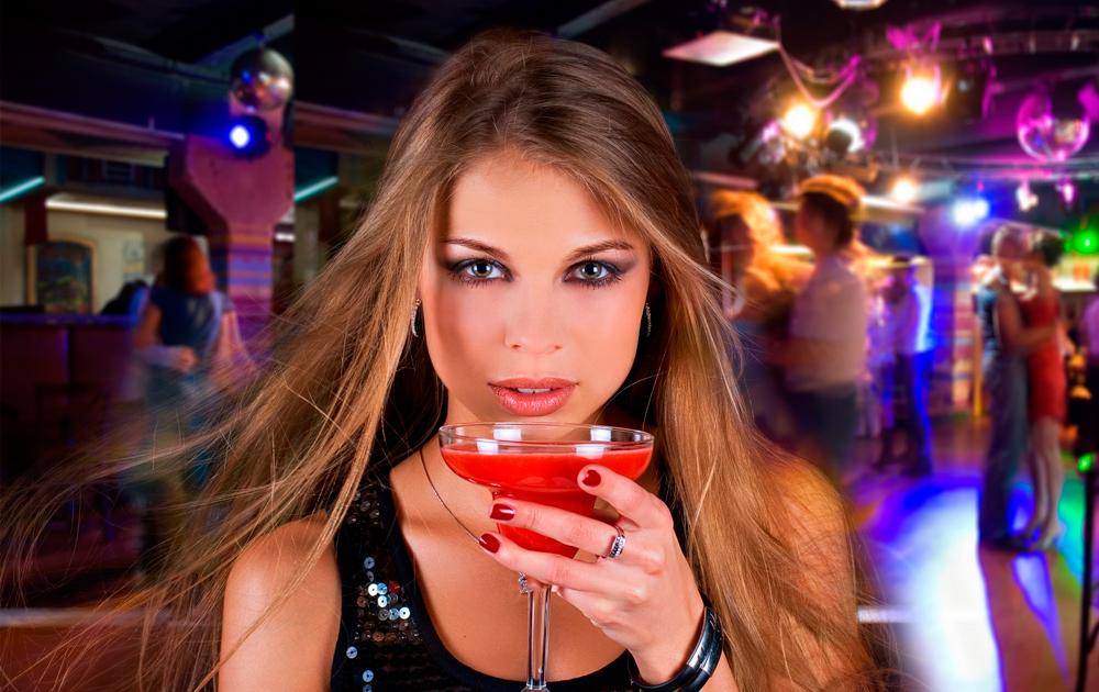 Собираемся в ночной клуб: обзор клубных украшений