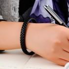 Мужской кожаный черный браслет, стильной заплетенный в косичку