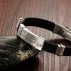 Стильный каучуковый браслет на руку для мужчин с регулируемой длиной