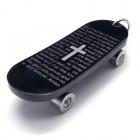 Кулон в виде скейта на шею серого цвета
