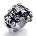 Стильное кольцо мужское в виде кулака с перстнями