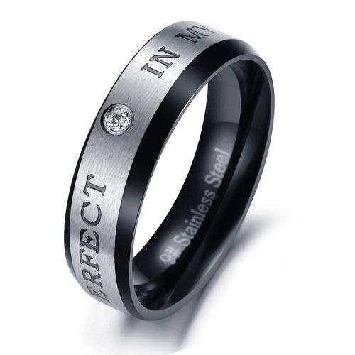 Кольцо из стали для любимого мужчины с хрусталиком