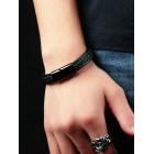 Черный браслет бизнес-стиля - плетение косичкой снаружи и белая строчка