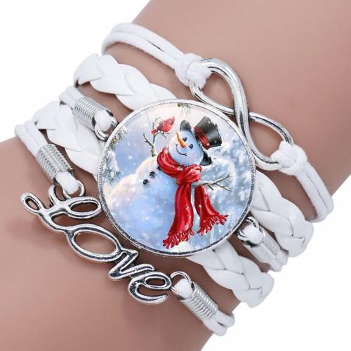 Белый браслет с добрым снеговиком