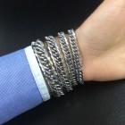 Браслет в виде цепи со скошенными гранями на руку