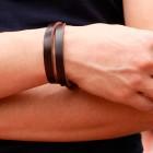 Браслет на руку из натуральной коричневой кожи на классической застежке