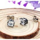 Мужские стильные серьги с квадратным кристаллом