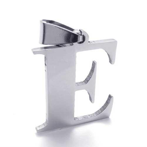 Кулон - заглавная буква E с цепочкой