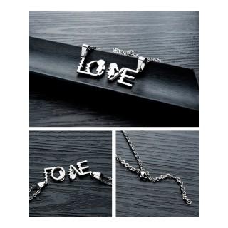 "Два кулона ""LO"" и ""VE"" с двумя цепочками"