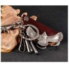 Ключница с стильными орлами и замком-карабином
